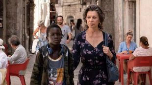 Elza Soares é uma das vozes na trilha sonora do filme 'Rosa e Momo'