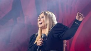 Marília Mendonça se apresenta no Royal Weekend neste fim de semana