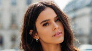 Bruna Marquezine faz seleção de emprego e visita séries da Netflix