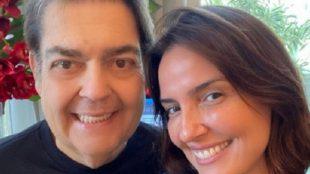 Após boatos sobre internação, esposa de Faustão posta foto
