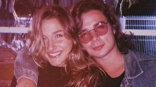 Sasha Meneghel e João Figueiredo anunciam que estão noivos