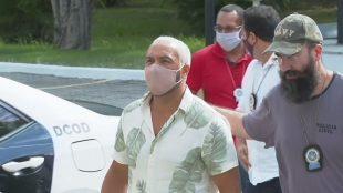 Cantor Belo é preso após realizar show no Complexo da Maré