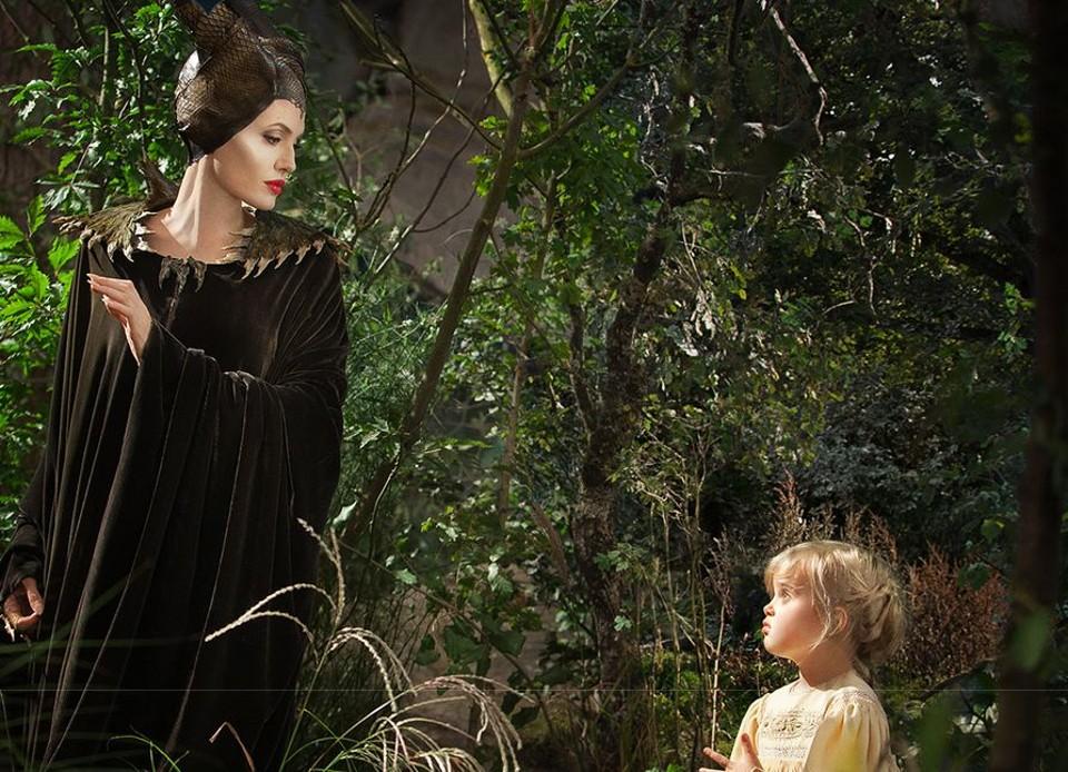 Anjelina Jolie e filha em Malevola