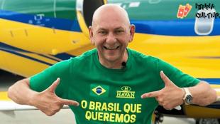 Felipe Neto vence processo contra Luciano Hang