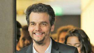 Duque de 'Bridgerton' e Wagner Moura atuarão em filme da Netflix