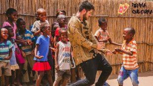 Alok doa lucro milionário que teve com game para combate à pobreza