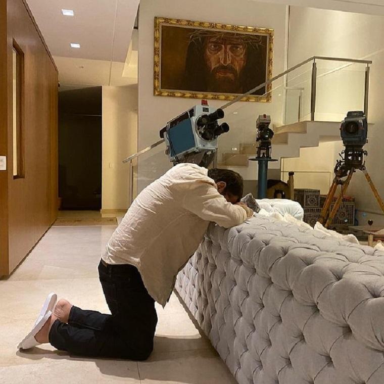 Geraldo Luís orando.