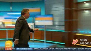 Piers Morgan abandona programa ao vivo