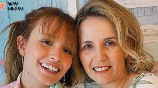 Larissa Manoela viraliza após sua mãe reclamar de viagem aos EUA