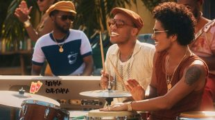 Bruno Mars e Anderson .Paak.