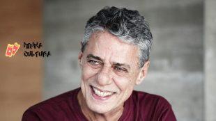Chico Buarque processa Eduardo Leite, governador do Rio Grande do Sul