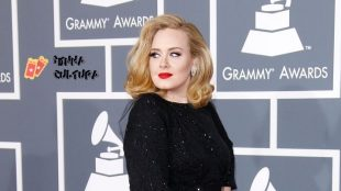Adele divulga trecho inédito de 'Easy On Me': escute e veja a letra