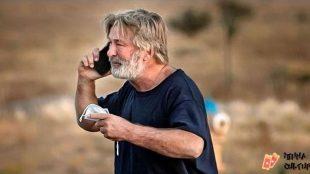 Após acidente fatal, Alec Baldwin diz estar 'em choque'